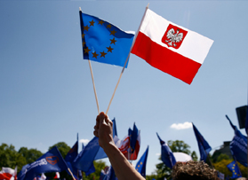 Relations between Poland and the EU worsen over migrant plan